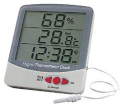 Цифровая метеостанция с проводным датчиком