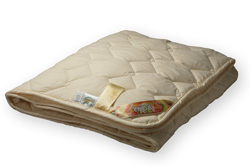 Одеяло 205 х 140 меховое хлопок тик
