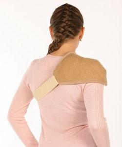 Теплая накидка из верблюжей шерсти на плечо