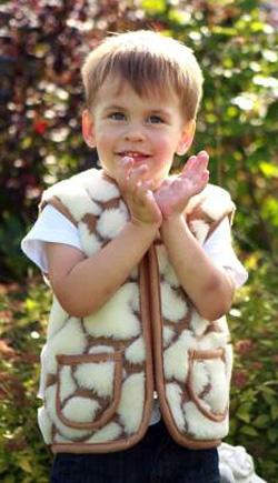 Детский жилет шерстяной c шерстью австралийского мериноса Жираф