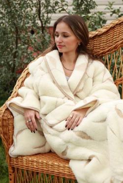 Халат теплый c овечей шерстью модель Симфония