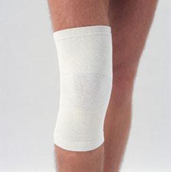 Шерстяной наколенник для лечения болей в коленях