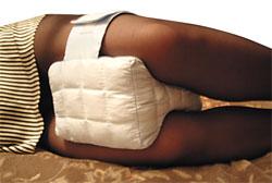 Подушка для ног (с гречневой лузгой) при болях в спине