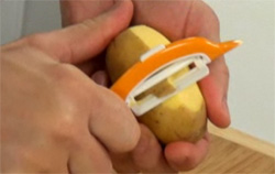 Овощечистка керамическая Vitamino